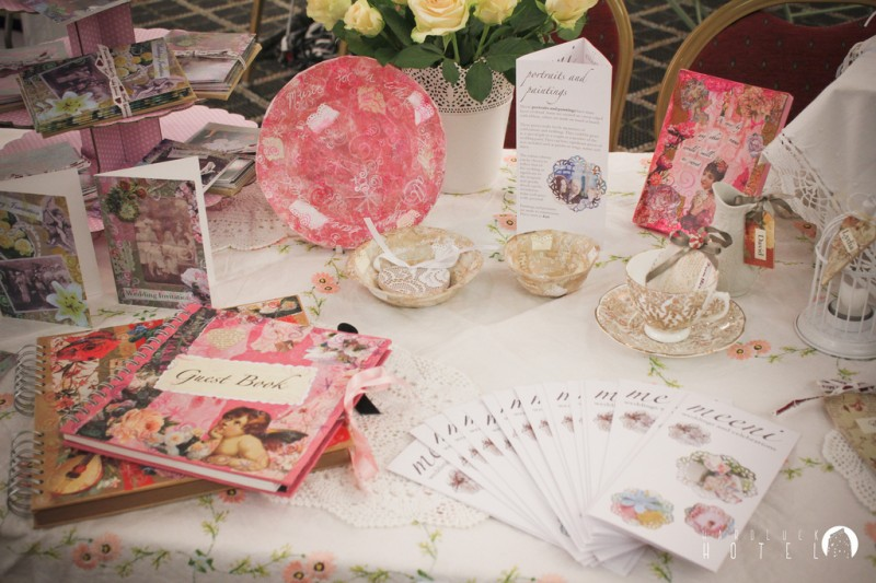 meeni stand at vintage chic wedding fair